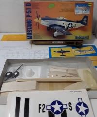 Mustang P-51 D. Maqueta estática. Escala 1/20 (Completo) - Varios